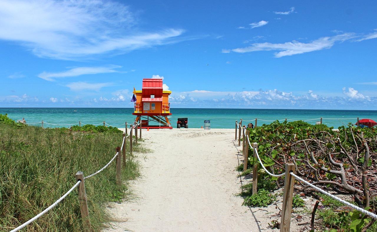 miami-beach-2495889_1280